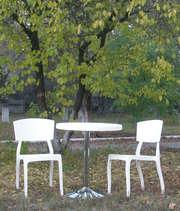 Комплект пластиковых стульев Орли со столом
