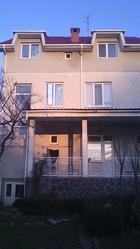 Прекрасный 3-этажный дом в Ужгороде