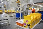 Рабочие на Производство Консерв для Животных